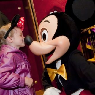 Disneyland Paris: 1 notte + 1 giorno in più gratis (e i bambini sotto i 7 anni non pagano)