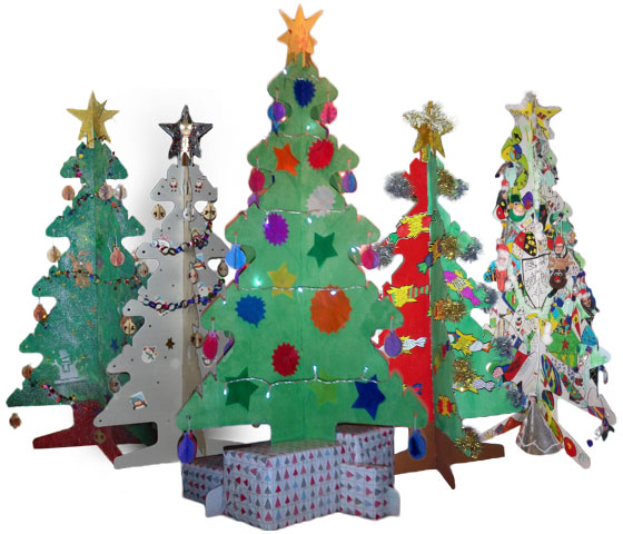 albero-natale-cartone-decorato