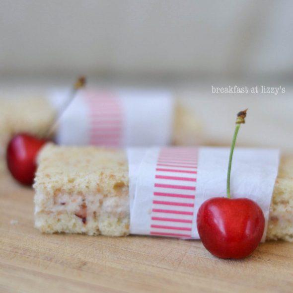 Tortine fresche alla ciliegia