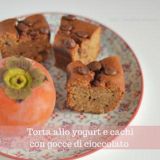 Torta allo yogurt con cachi e cioccolato