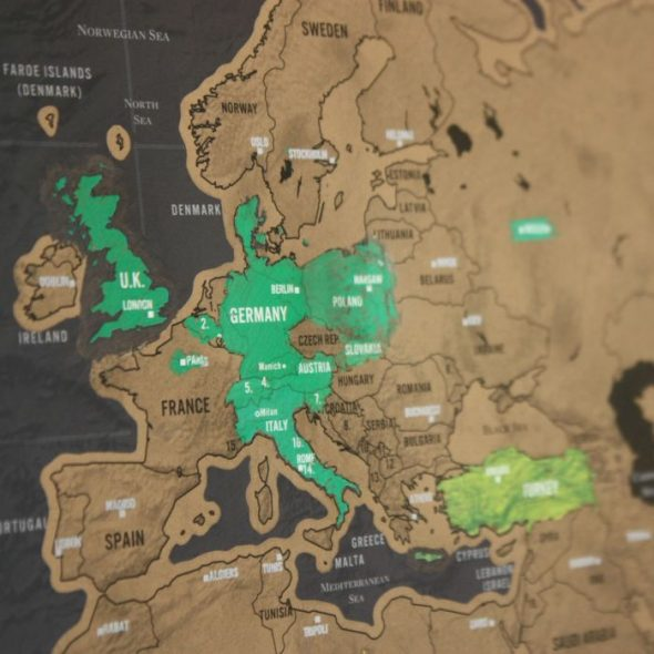 Regali di natale per aspiranti viaggiatori babygreen - Mappa del mondo contorno ks2 ...