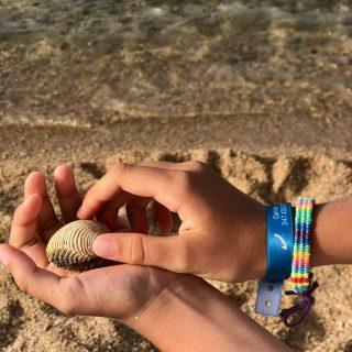 Stikets: braccialetti per non perdere i bambini